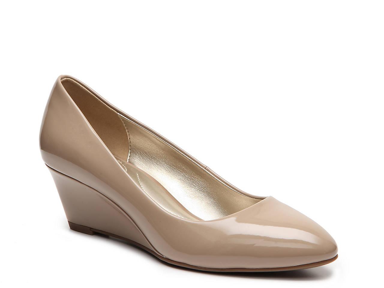 4924fc74951 Bandolino Franci Wedge Pump Women s Shoes