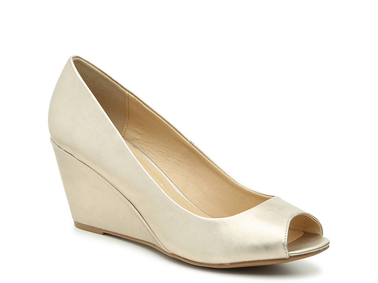 17 Comfortable Wedding Shoes For The Bride forecast