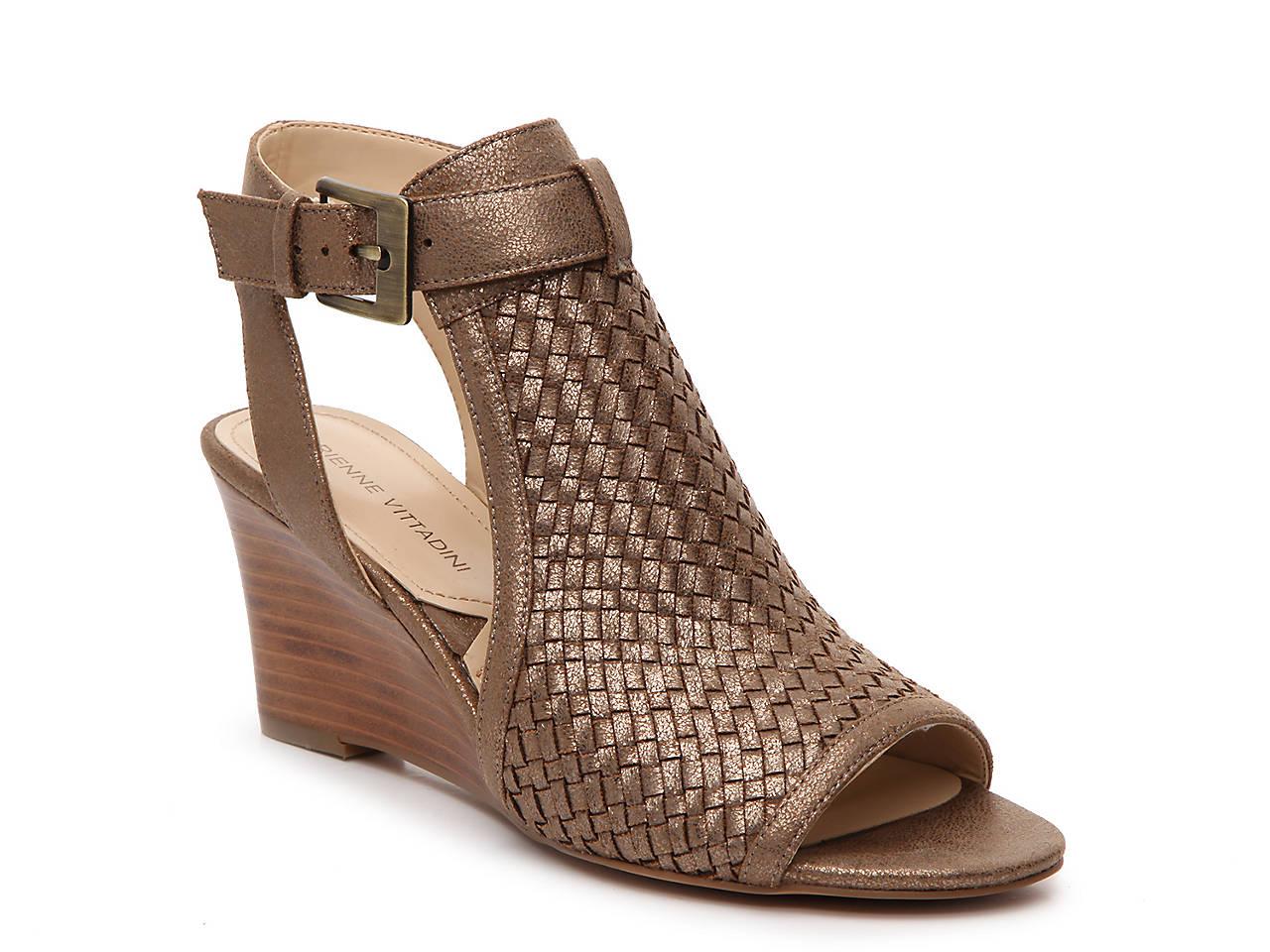 e8b0e109e58 Adrienne Vittadini Roseanne Wedge Sandal Women s Shoes