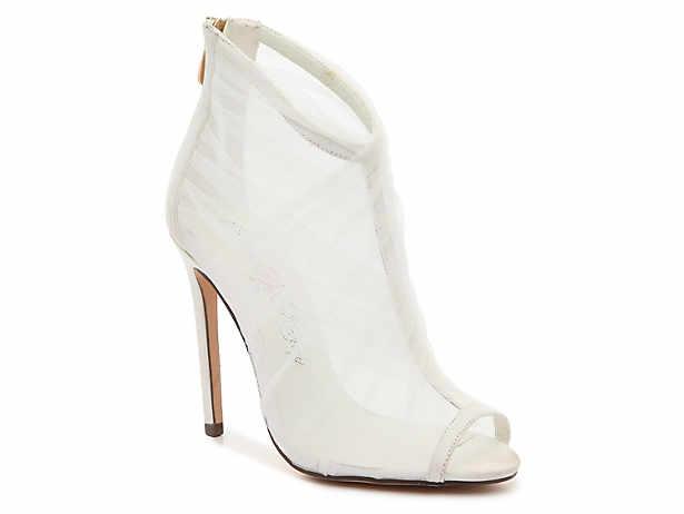 c87f5a2fb9bd Women s White Boots