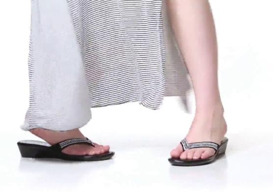 3702dd78b2ae Italian Shoemakers Hayden Wedge Sandal Women s Shoes