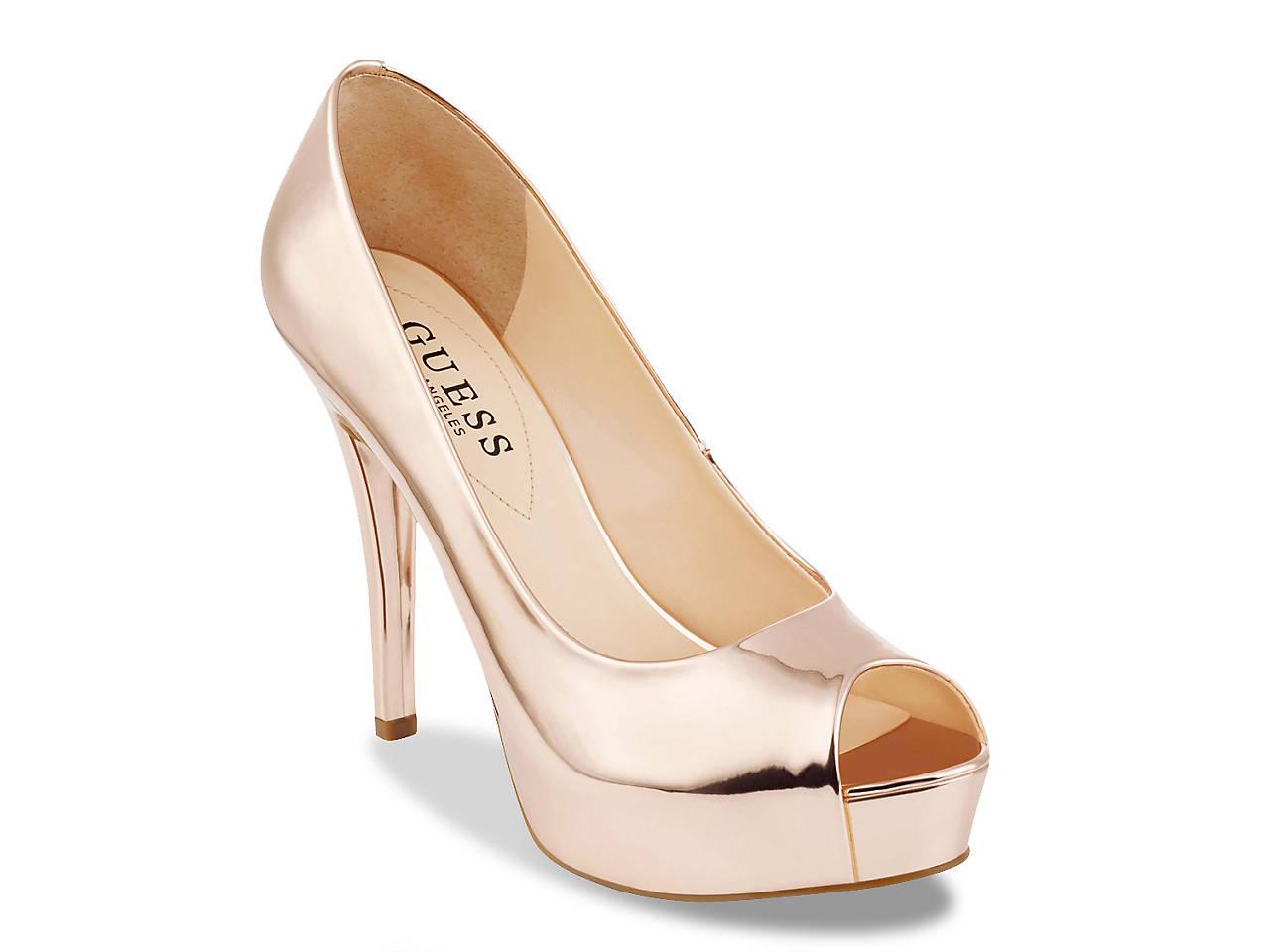 29642f1de26 Guess Patches Platform Pump Women s Shoes