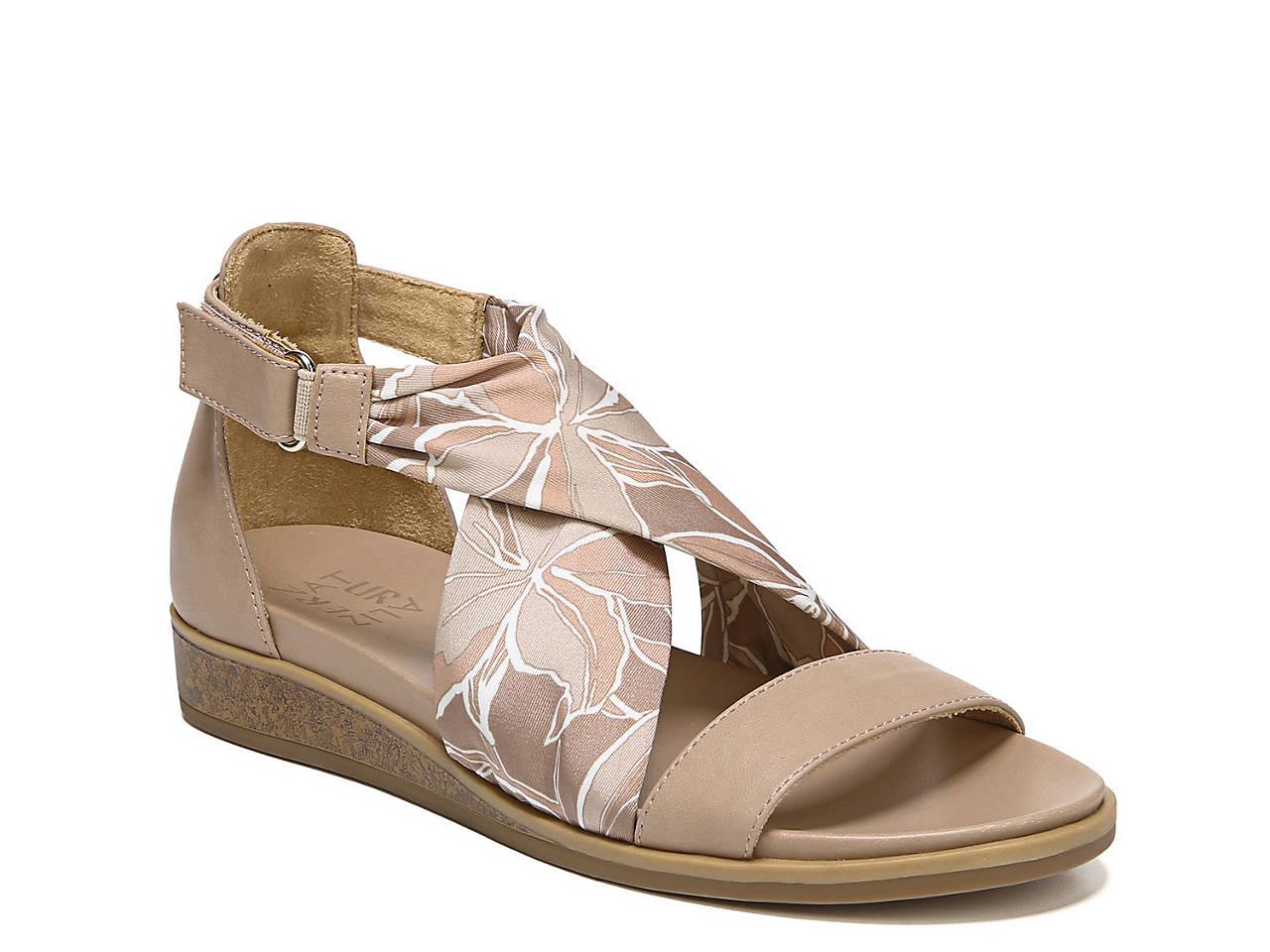 d6fd52eb45b Naturalizer Ivette Wedge Sandal Women s Shoes