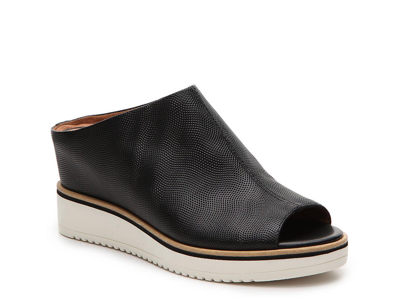 26bc5bfb237 Tamaris Alis Wedge Sandal Women s Shoes
