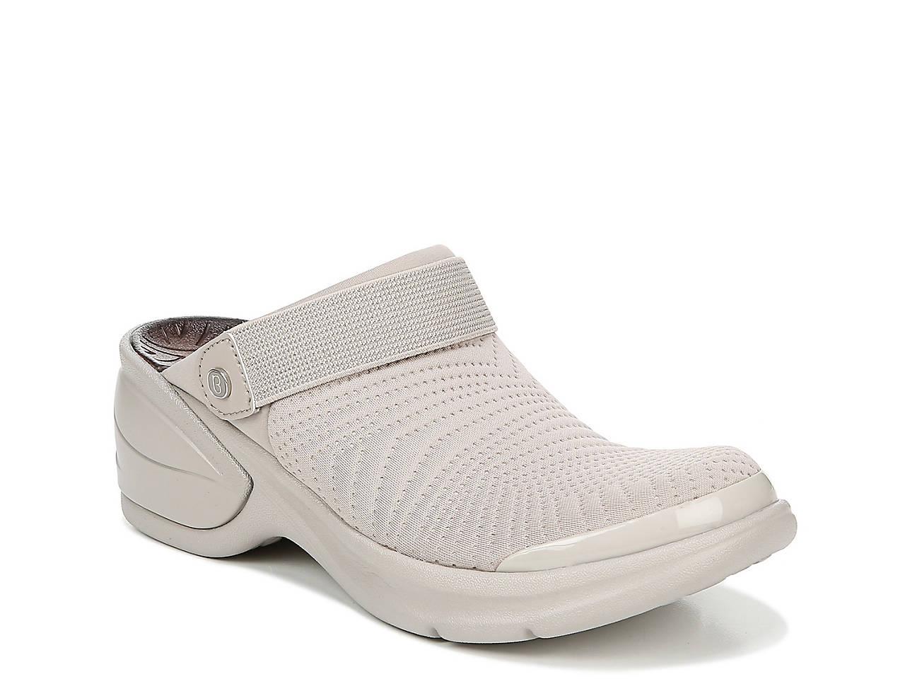 0e48e3bf942 BZees Kitty Clog Women s Shoes