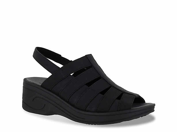 Floaty Wedge Sandal. Easy Street