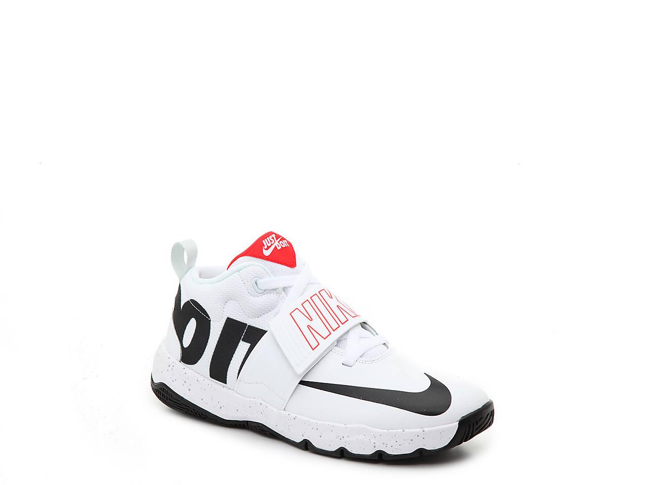 b58d9ea8d00 Nike Team Hustle D8 Toddler   Youth Basketball Shoe Kids Shoes