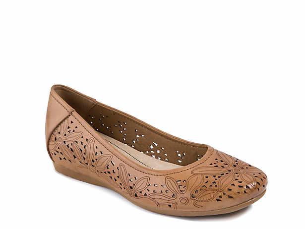 4d64ea0c29d Bare Traps Shoes
