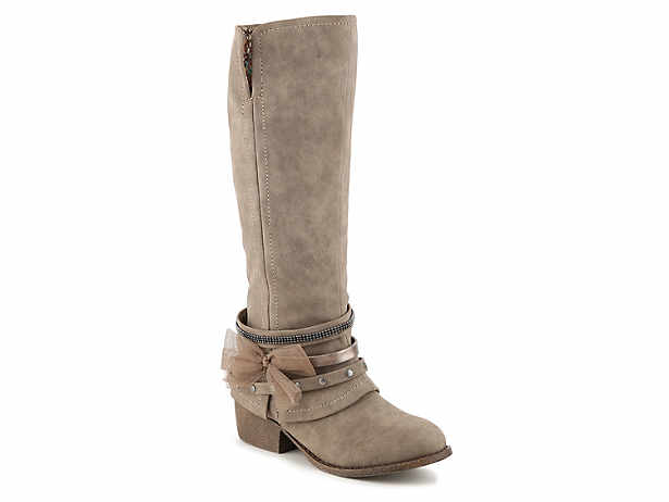 f3aa04b5bc1a UGG Maxie Boot Women s Shoes