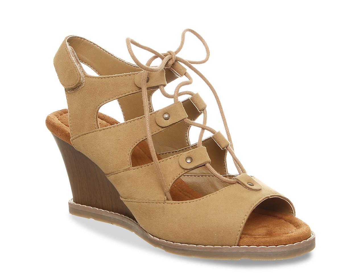 Bearpaw Rhonda Women's Casual Shoes (Sand Or Black)