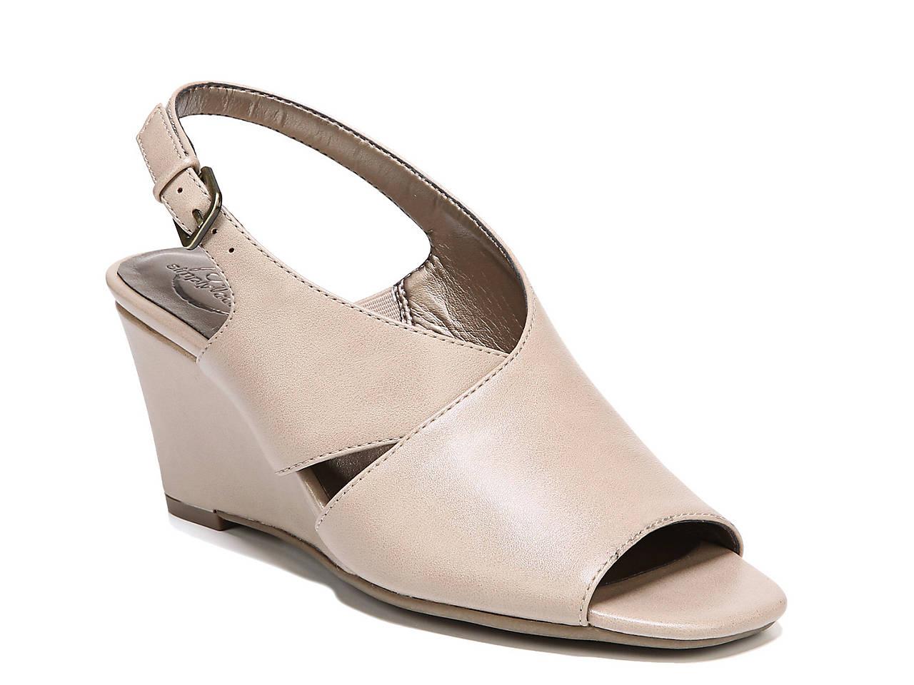 a92e4207d17 LifeStride Fizz Wedge Sandal Women s Shoes