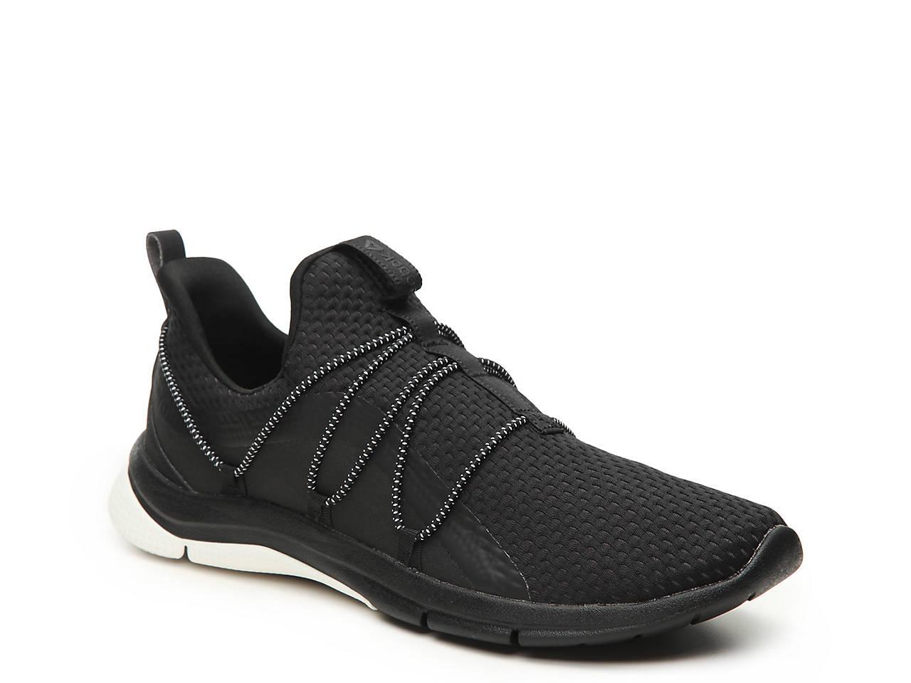 b71cb2ce880a Reebok Print HER 3.0 Lightweight Slip-On Running Shoe - Women s ...