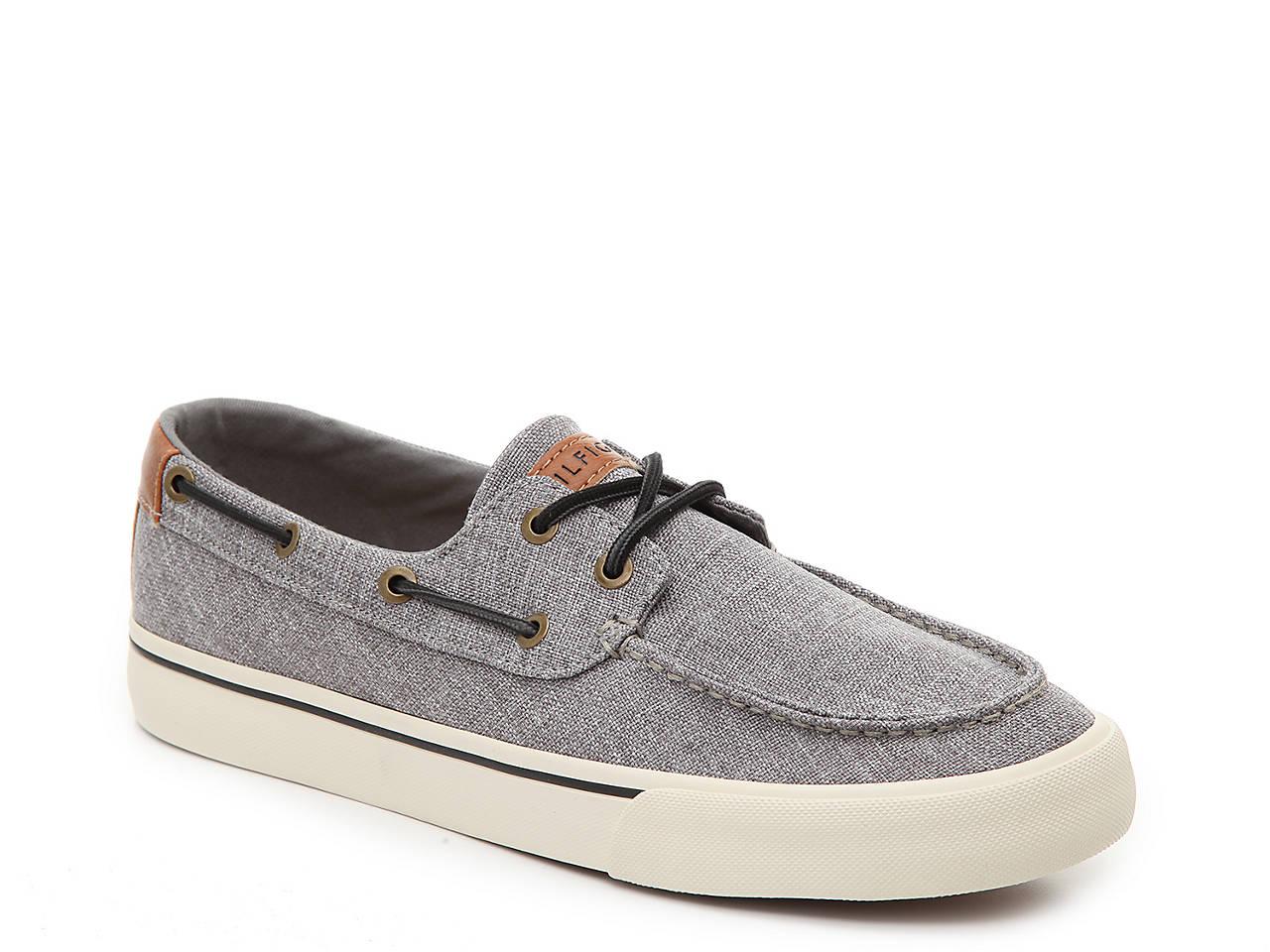 d13498289e7f4f Tommy Hilfiger Pharis Boat Shoe Men s Shoes