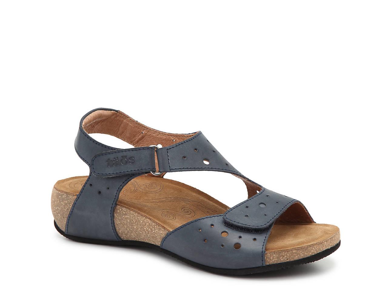 Rita Wedge Sandals 9HUuhXr