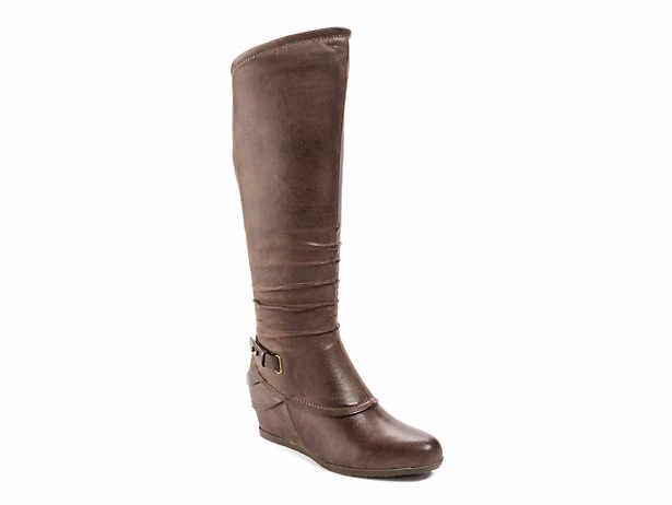 b66dce569f2 Bare Traps. Tesa Wide Calf Wedge Boot