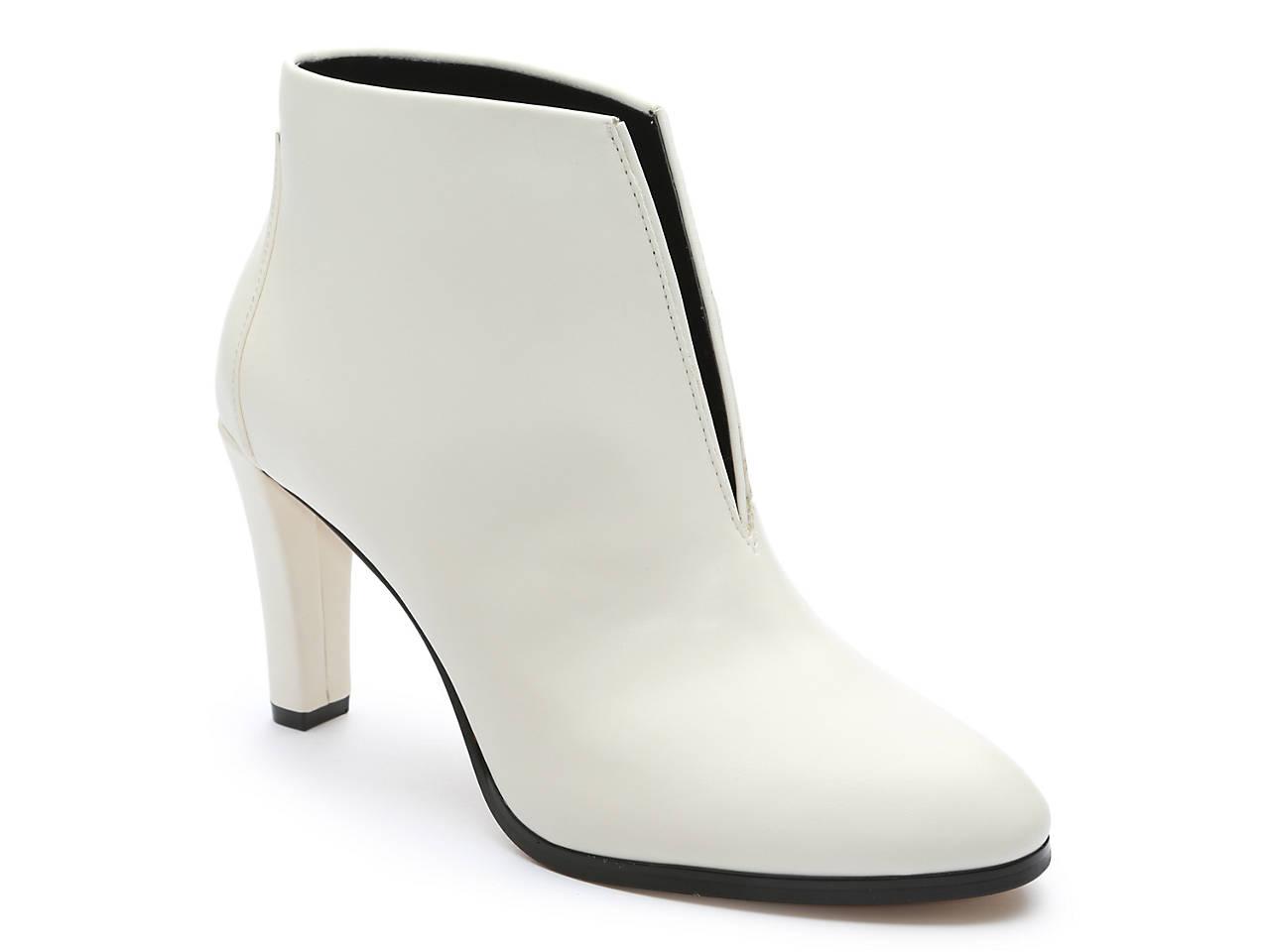 43ecb95175139 Tahari Meredith Bootie Women's Shoes | DSW