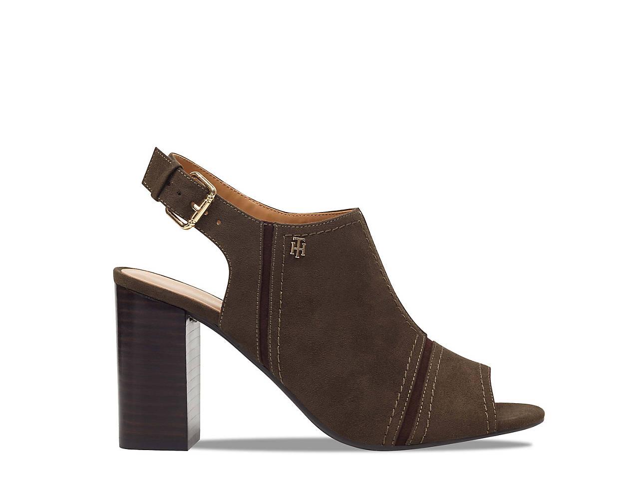 fa89fa6ddbf Tommy Hilfiger Relita 2 Sandal Women s Shoes