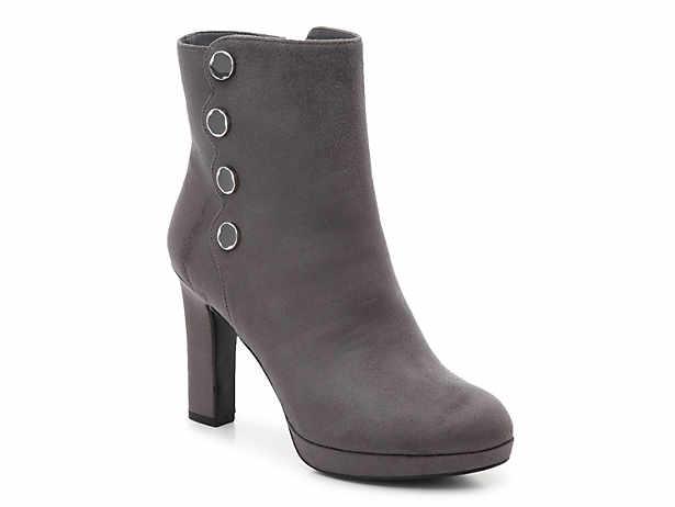 680bb4700 Steve Madden Edit Velvet Bootie Women's Shoes | DSW