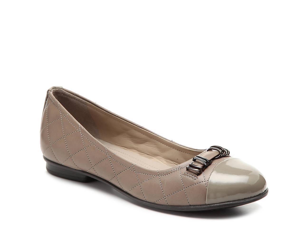 ceb64ca1 Touch Ballerina Flat