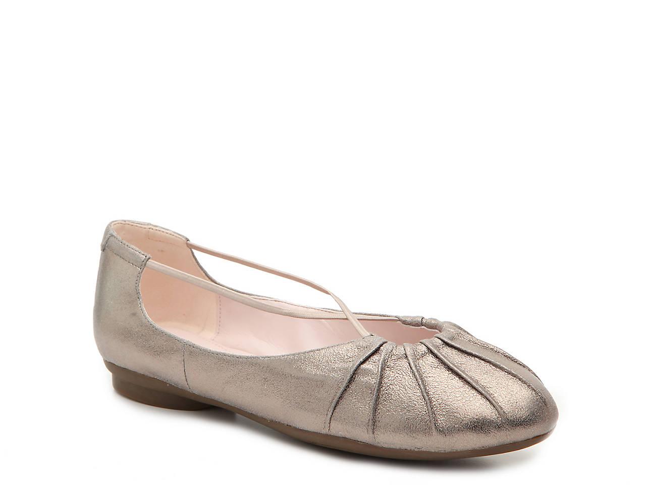 1f6ee2c28510a7 Taryn by Taryn Rose Amelia Flat Women s Shoes
