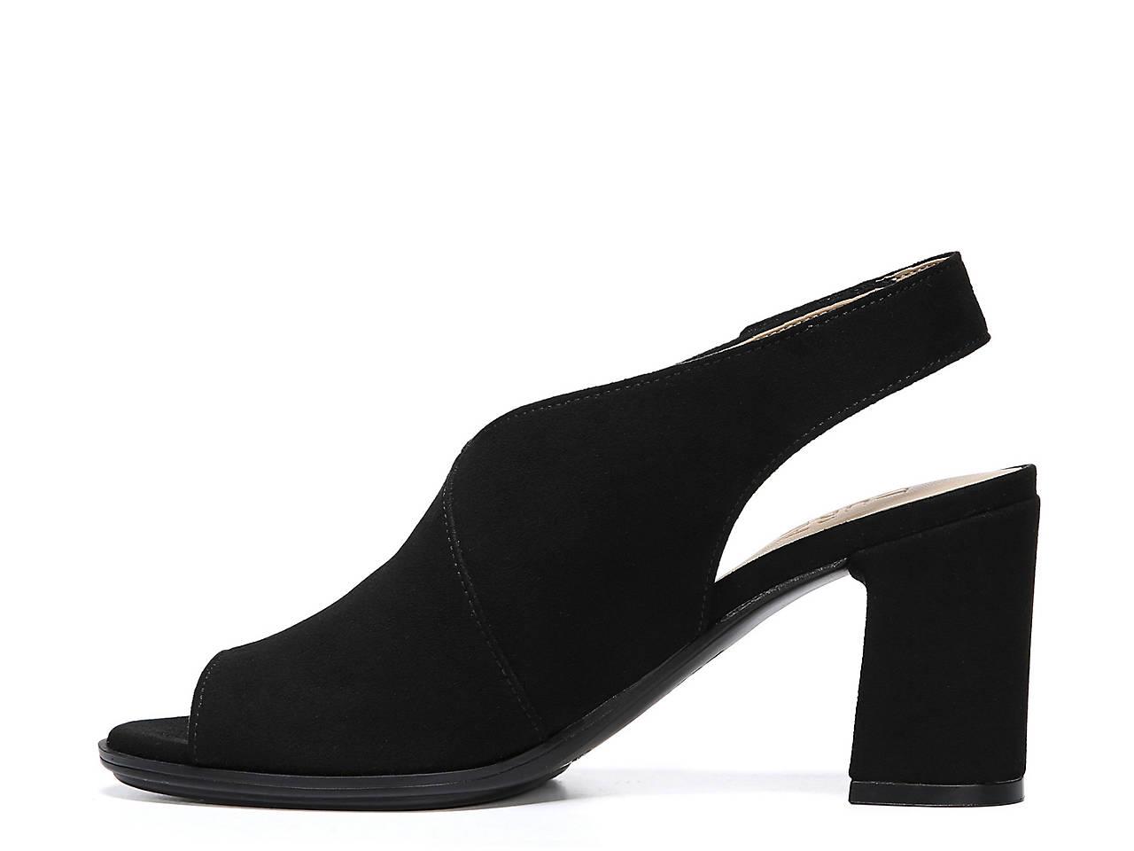 c0df0eafaa9 Naturalizer Preston Sandal Women s Shoes