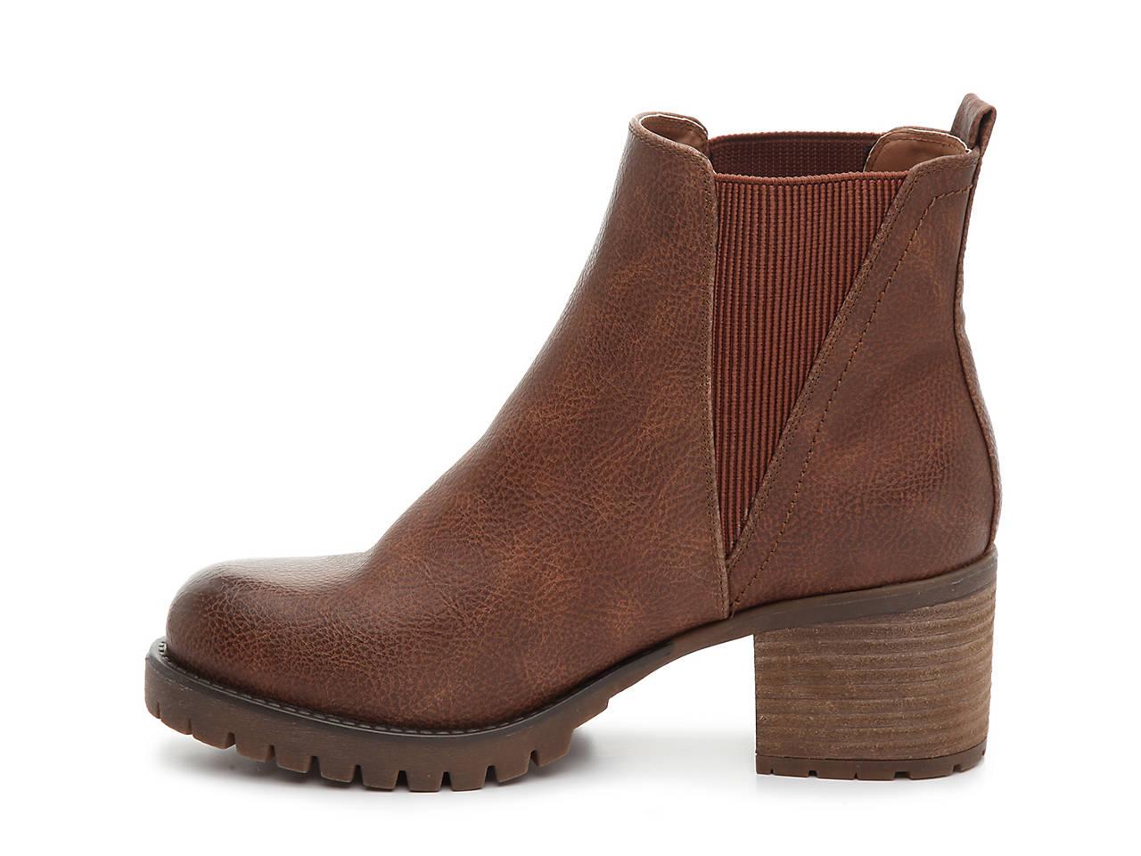 759da42d0c Mia Jody Chelsea Boot Women's Shoes | DSW