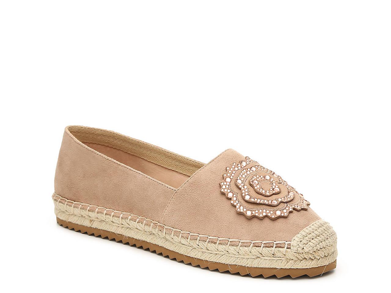 f81050408e Karl Lagerfeld Paris Abby Espadrille Flat Women s Shoes
