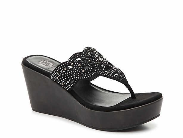 e4ed591d3 yellow heels