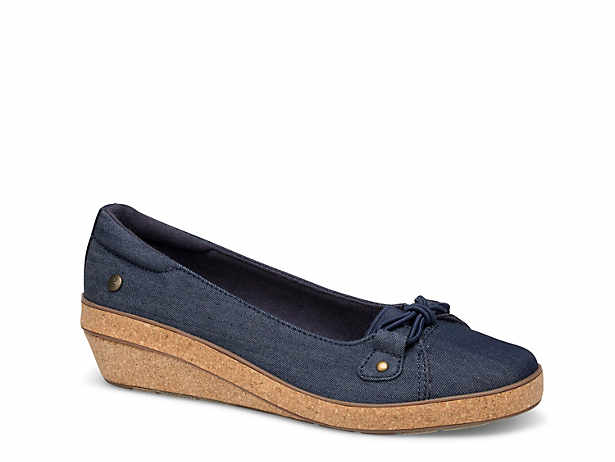 627bc26666aaa Grasshopper Shoes