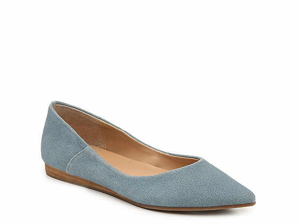 7e7c21f32c9b Women's Clearance Flat & Casual Shoes | DSW