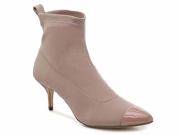 780021bdfa0 Kitten heels