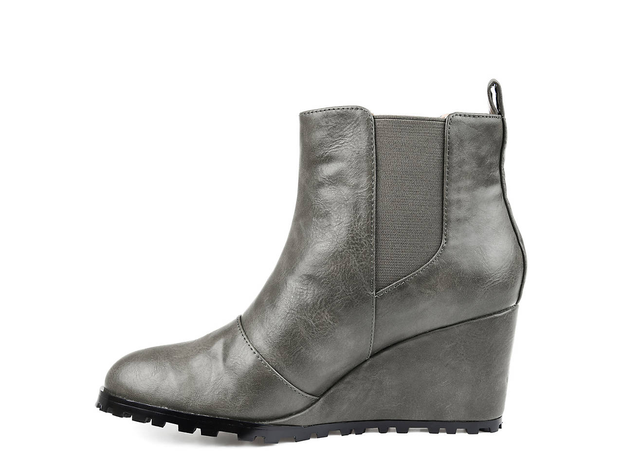005d9f4ef202 Journee Collection Jessie Wedge Chelsea Boot Women s Shoes