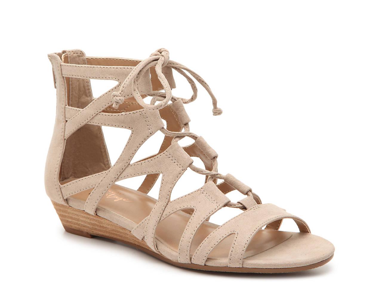 6a04d3fa6af Crown Vintage Sage Wedge Sandal Women s Shoes