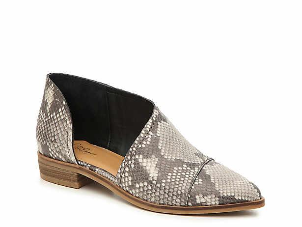 6c1ecbfd6d9f7 Crown Vintage Sandals, Booties, Sneakers & Flats | DSW