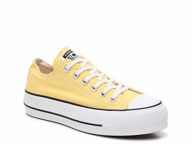 8d4b18ead Converse. Chuck Taylor All Star Platform Sneaker - Women s