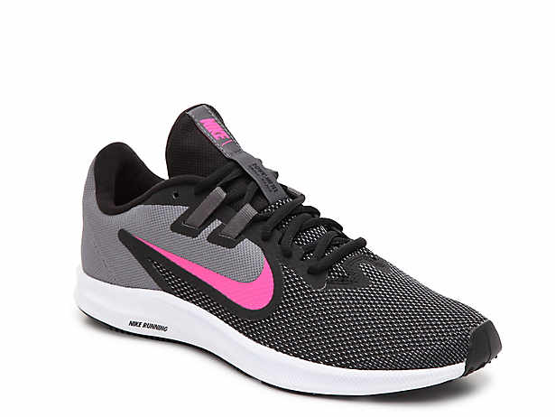 dcb9abc9398e Nike Shoes