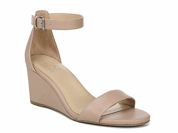 59725040119 Women s Wide   Extra Wide Shoes