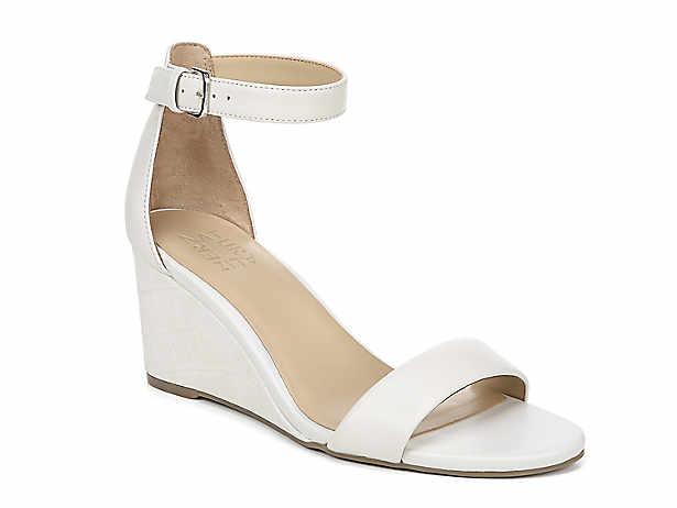 fe4bb91dbabd9c Women s Wide   Extra Wide Sandals
