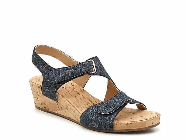34d04f7a0872 VANELi Shoes