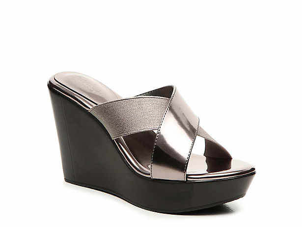 05e04c81154 Guess Eleonora Wedge Sandal Women s Shoes