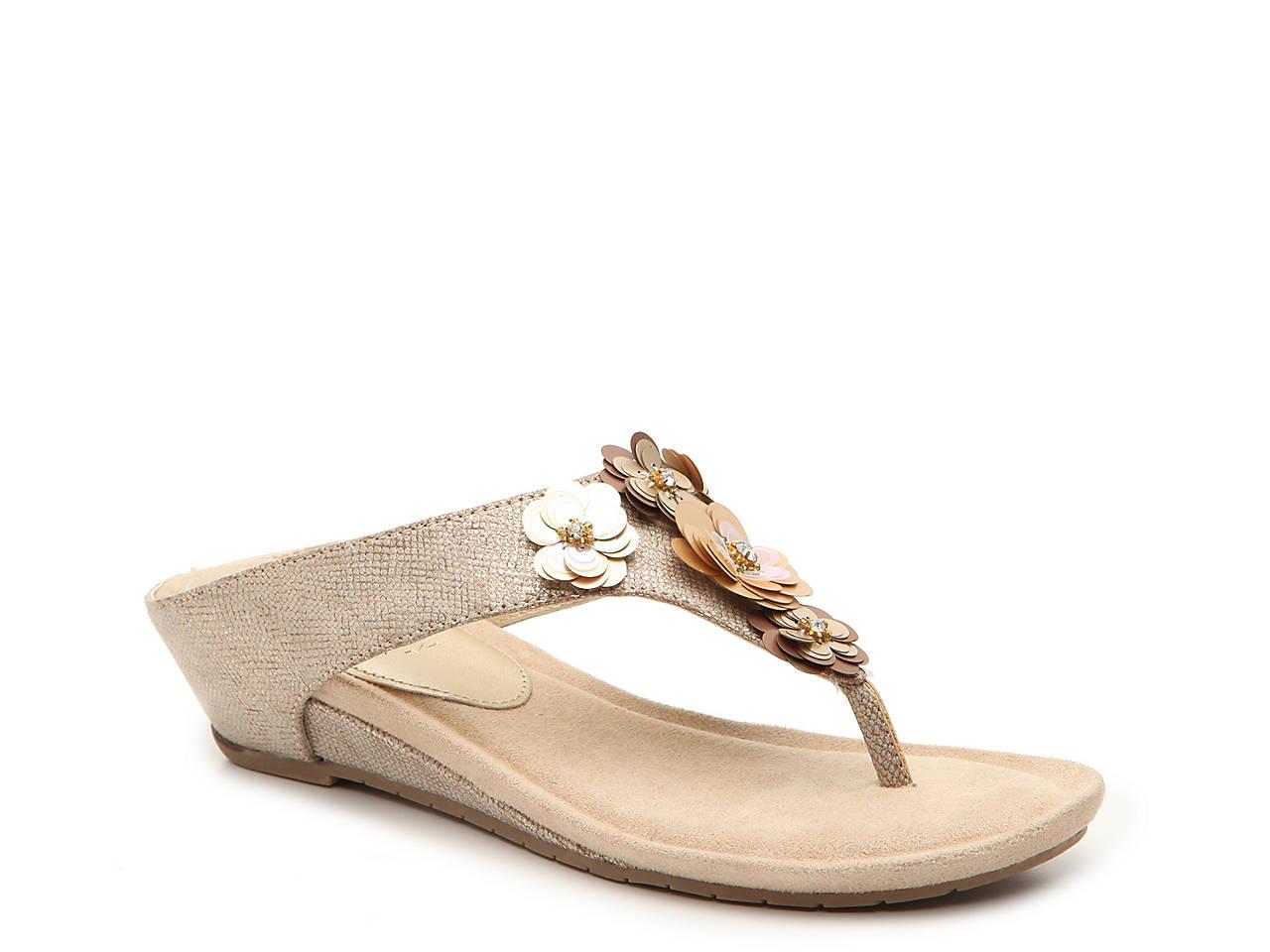 1998548d1199 Kenneth Cole Reaction Great Hop Wedge Sandal Men s Shoes