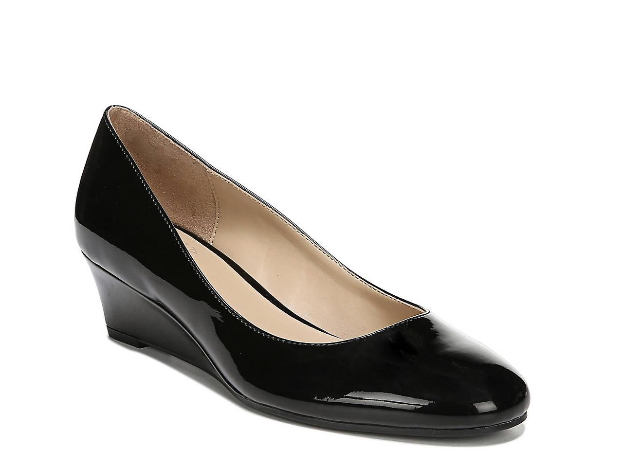 dbca6362079c Naturalizer Pilar Wedge Pump Women s Shoes