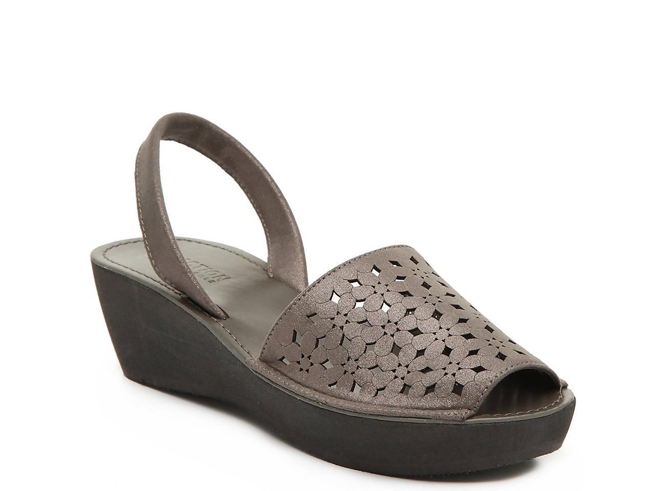 e237889b3c44 Kenneth Cole Reaction Fine Glass Wedge Sandal Women s Shoes