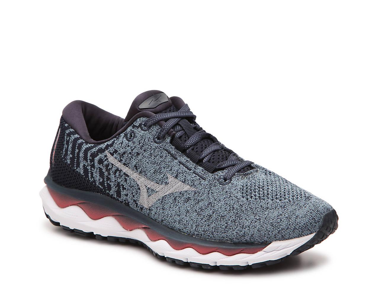 Nike Free 4.0 Version 3 Free Run 2 Mizuno Womens Running