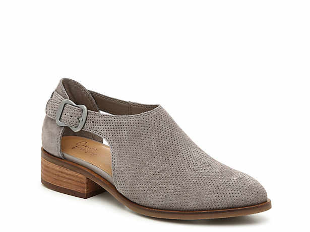 22e2e033e6b48 Women's Clearance Shoes, Boots, and Sandals | DSW