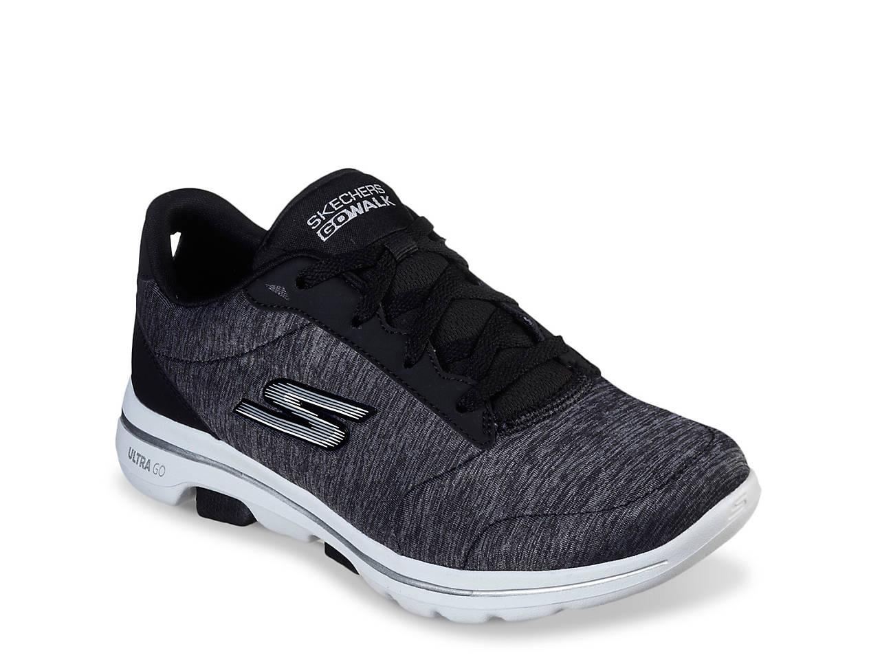 GOwalk 5 Lucky Sneaker Women's