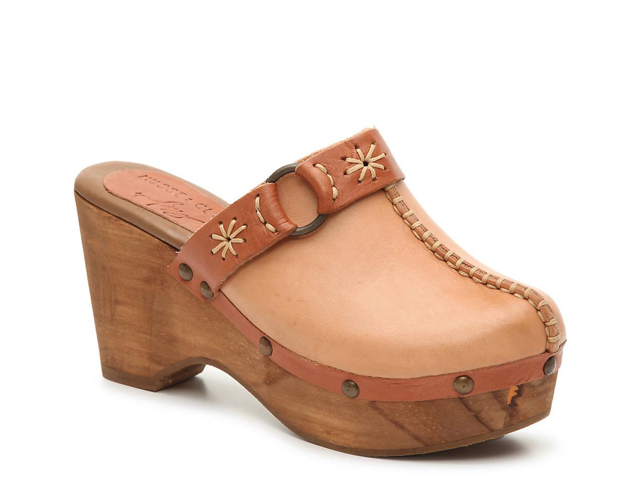 2ac853e71af Musse   Cloud Evita Platform Clog Women s Shoes