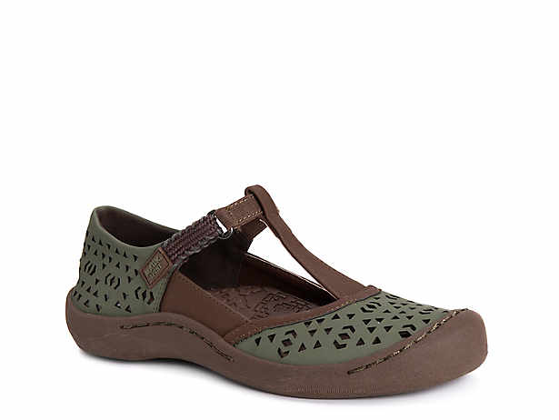 f786e63b499 Muk Luks Boots   Slippers