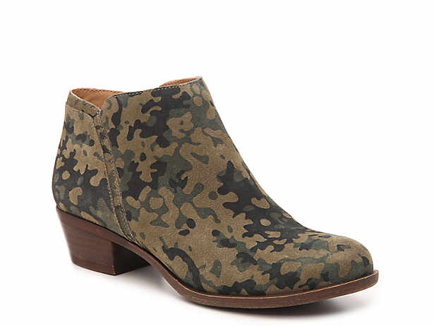 Shoes, Boots, Sneakers | Women, Men, Kids | DSW
