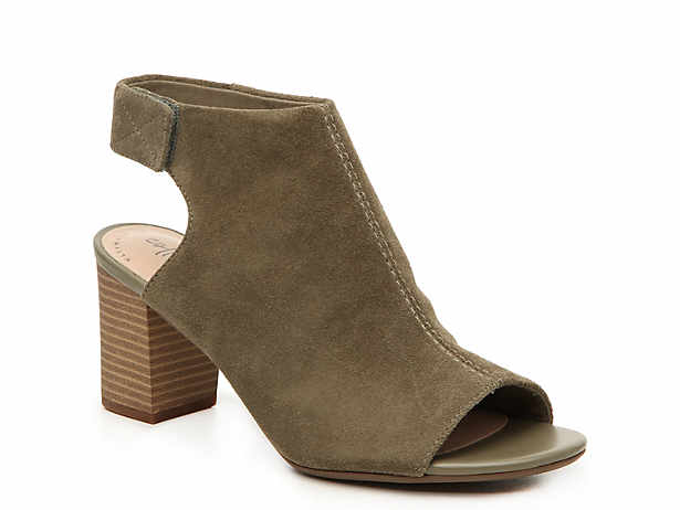 420b24fe85b Clarks Shoes